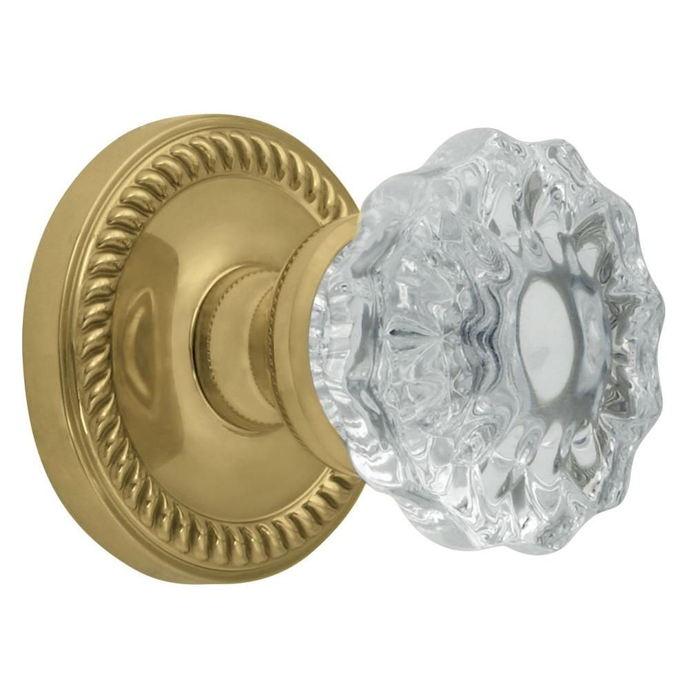 Grandeur Newport Rosette Polished Brass with Privacy Fontainebleau Crystal Knob