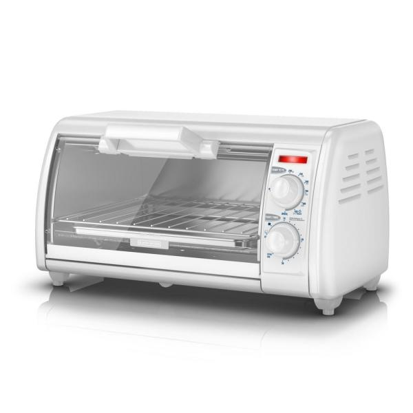 BLACK+DECKER Toast-R-Oven 4-Slice Countertop Toaster Oven in White TRO420