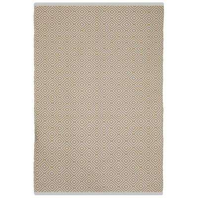 Veria Indoor/Outdoor Almond and White 5 ft. x 8 ft. PP Area Rug