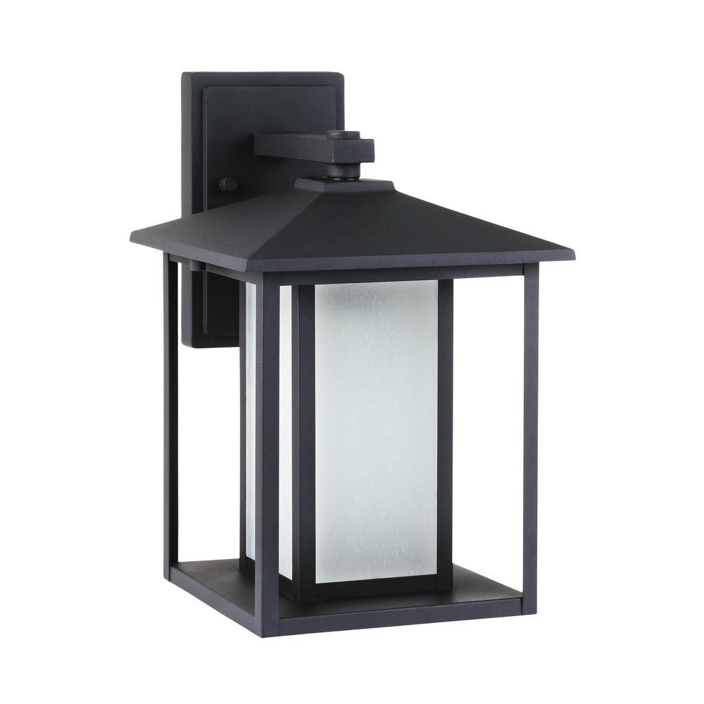 Hunnington 1-Light Black Outdoor Wall Mount Lantern