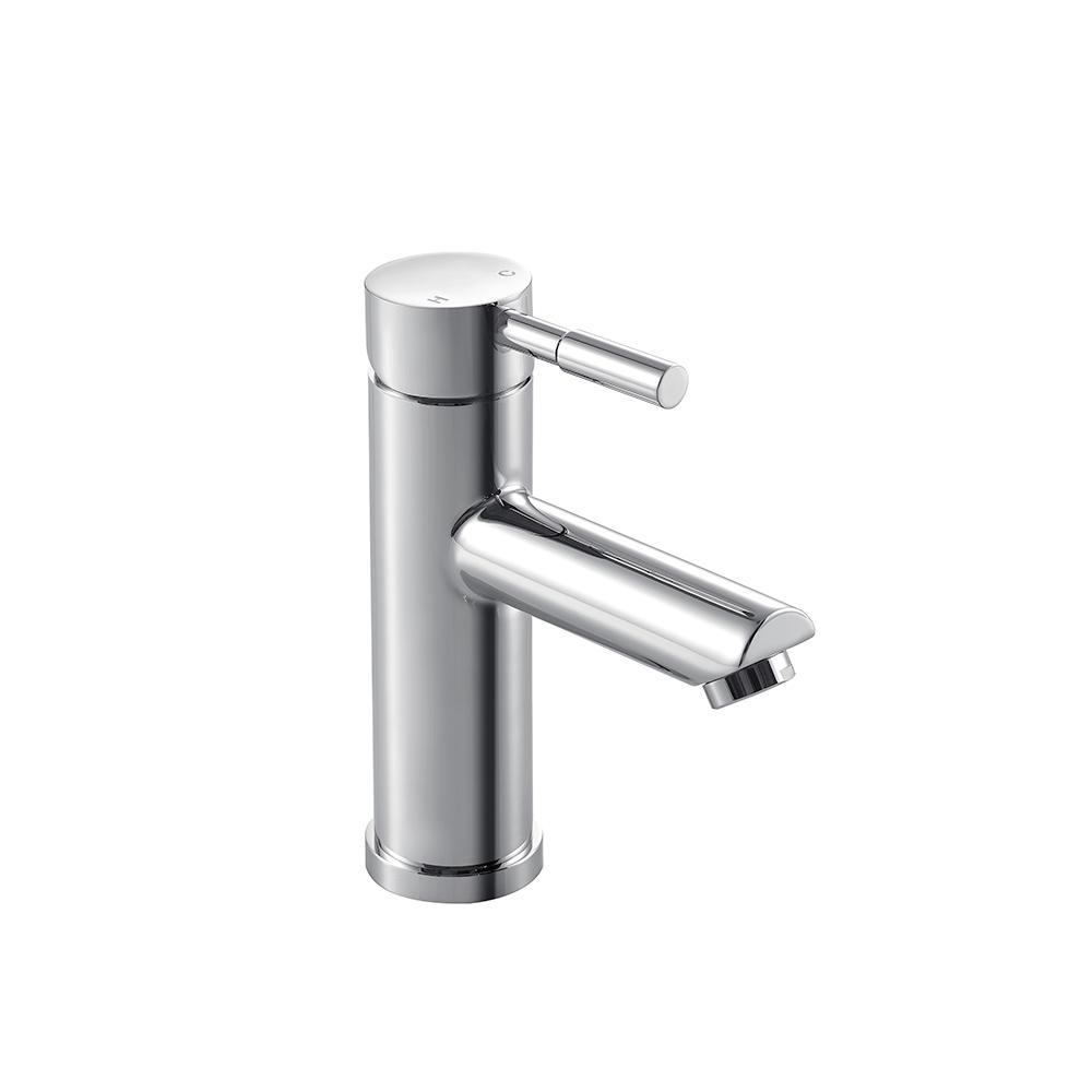 Cleo Single Hole Single-Handle Bathroom Faucet in Chrome