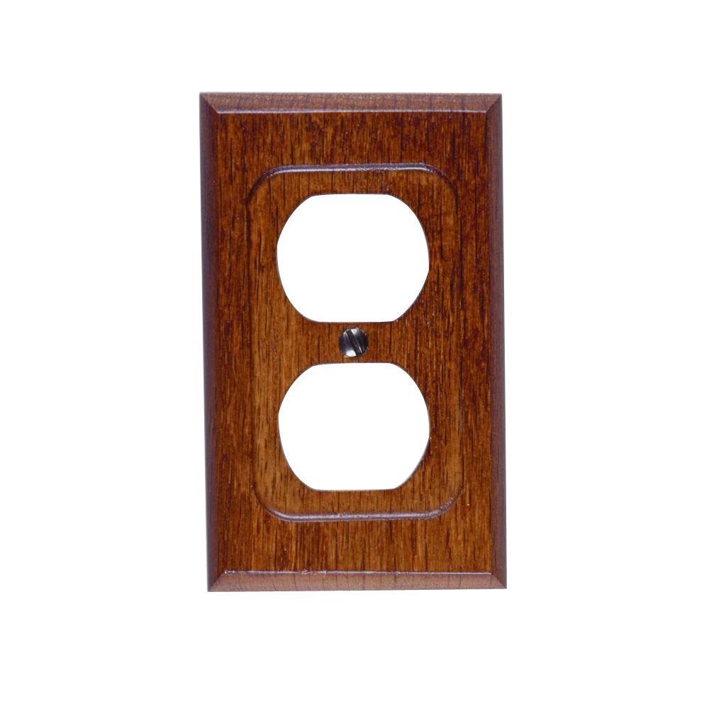 Amerelle 1 Duplex Wall Plate - Red Oak