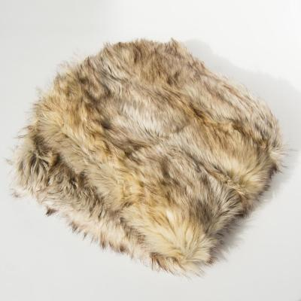 Kitt Fox Faux Fur Throw 58 in. x 84 In.