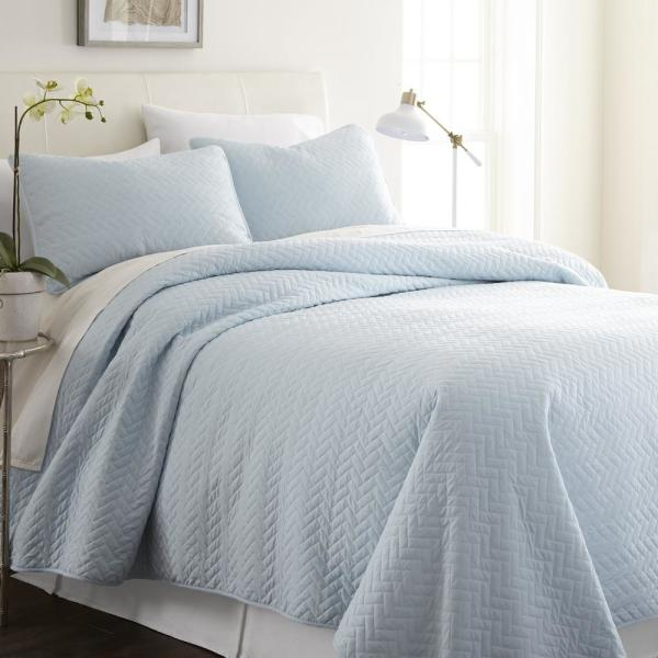 Herring Pale Blue Microfiber King Performance Quilted Coverlet Set