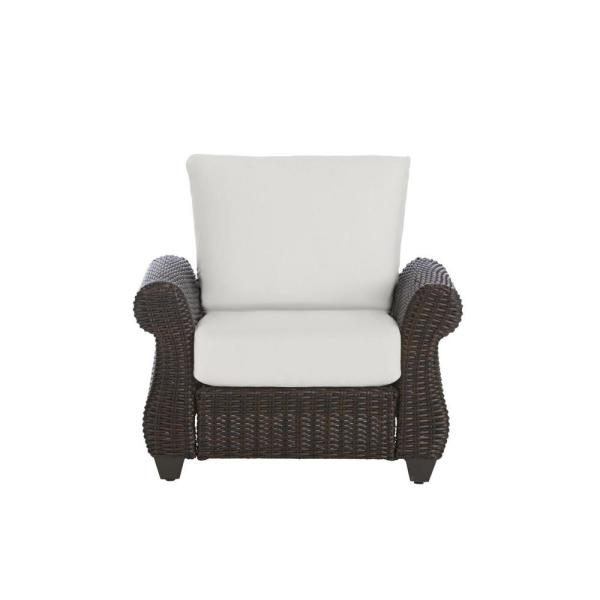 Mill Valley Brown Wicker Outdoor Patio Lounge Chair with CushionGuard Chalk White Cushions