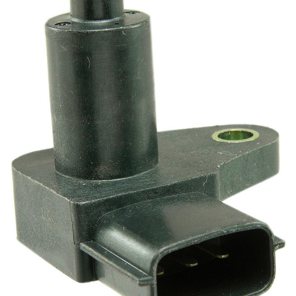 Engine Crankshaft Position Sensor fits 1995-2001 Nissan Maxima