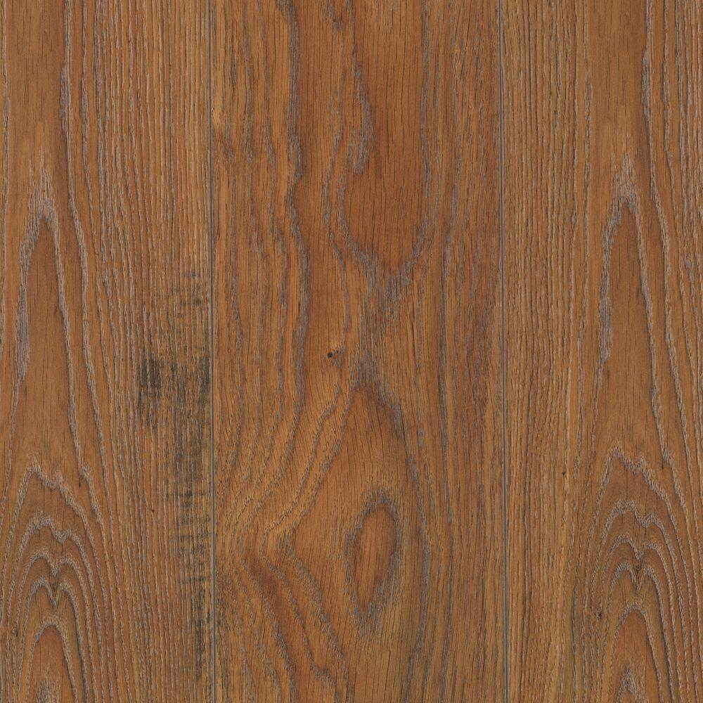 Mohawk Emmerson Rustic Amber Oak 8 mm Thick x 6-1/8 in. Width x 54-11/32 in. Length Laminate Flooring (18.54 sq. ft./ case)