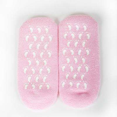Moisture Socks with Essential Oil to Smooth Feet