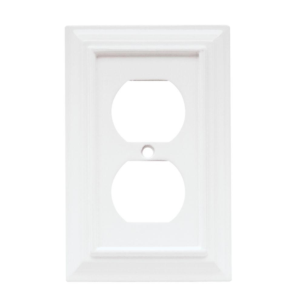 Architectural Wood Decorative Single Duplex Outlet Cover, White (4-Pack)