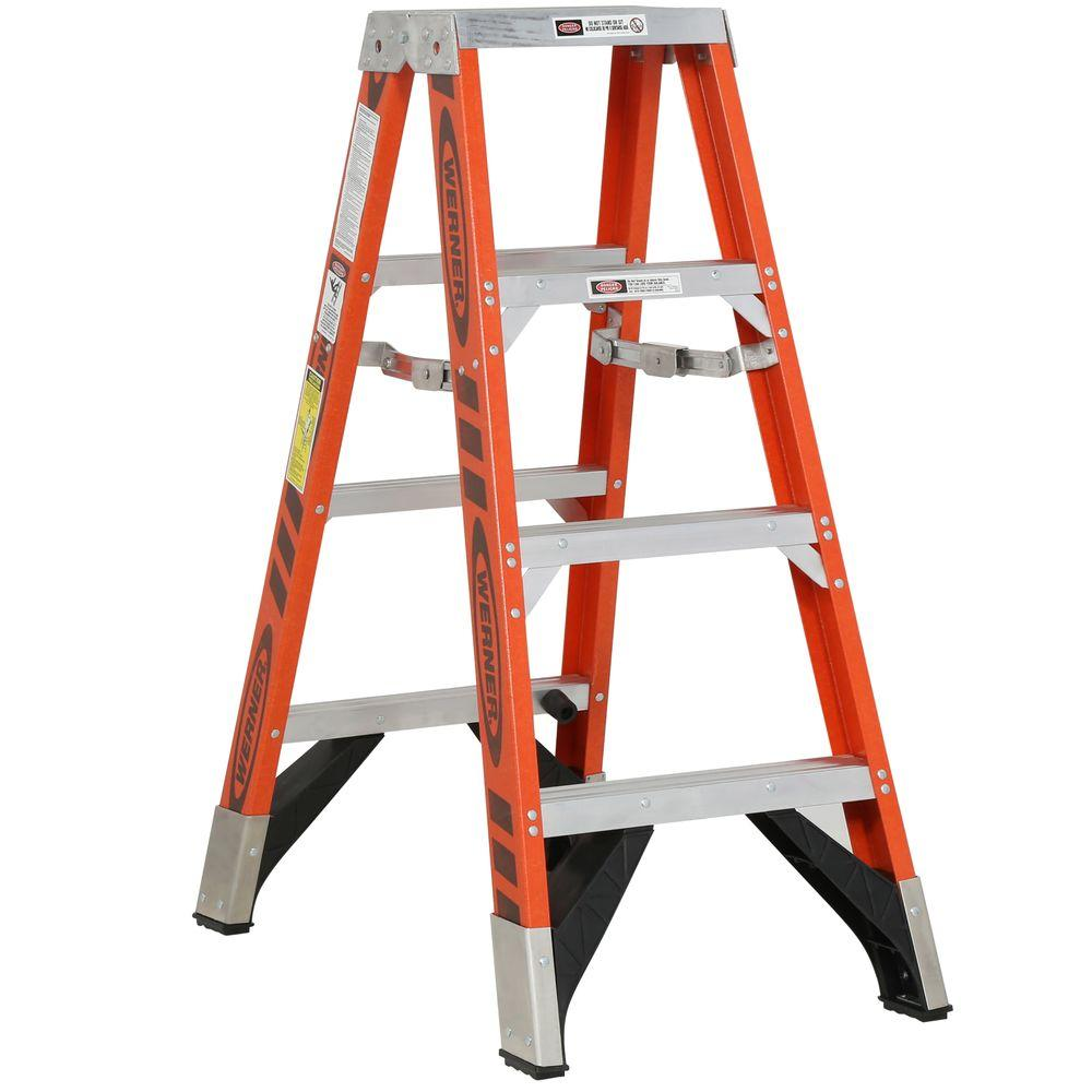 Werner 4 Ft Fiberglass Twin Step Ladder With 375 Lb Load