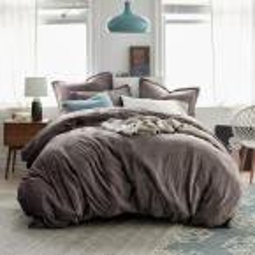 Easton Velvet 2-Piece Cotton Blend Twin XL Duvet Cover Set in Taupe