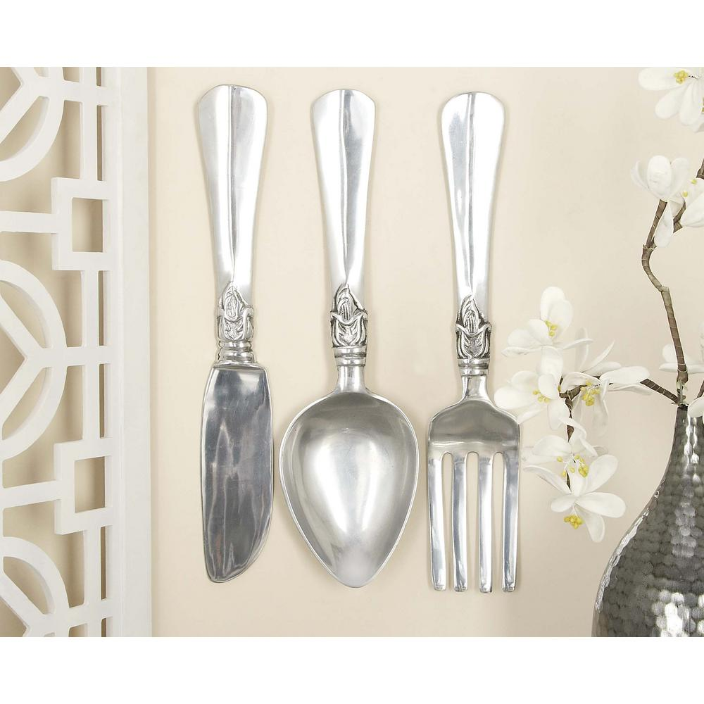 Litton Lane Aluminum Silver Fork Knife And Spoon Wall Decor Set Of 3