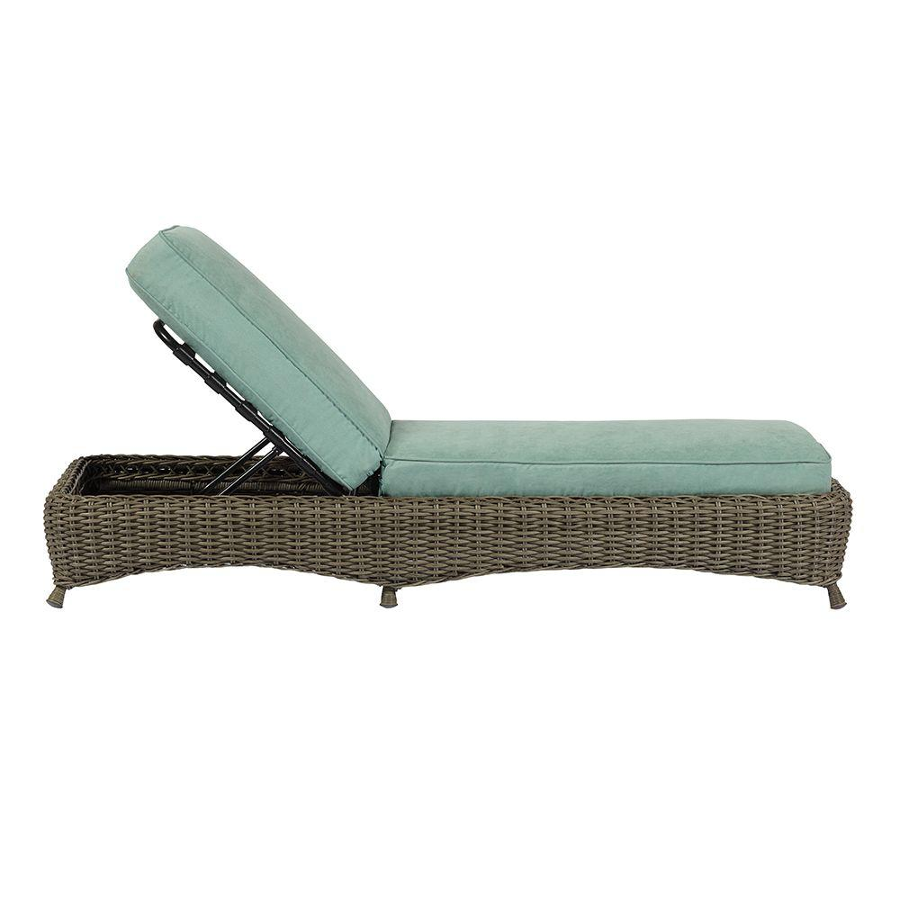 Lake adela weathered gray patio chaise lounge with surf for Chaise de patio