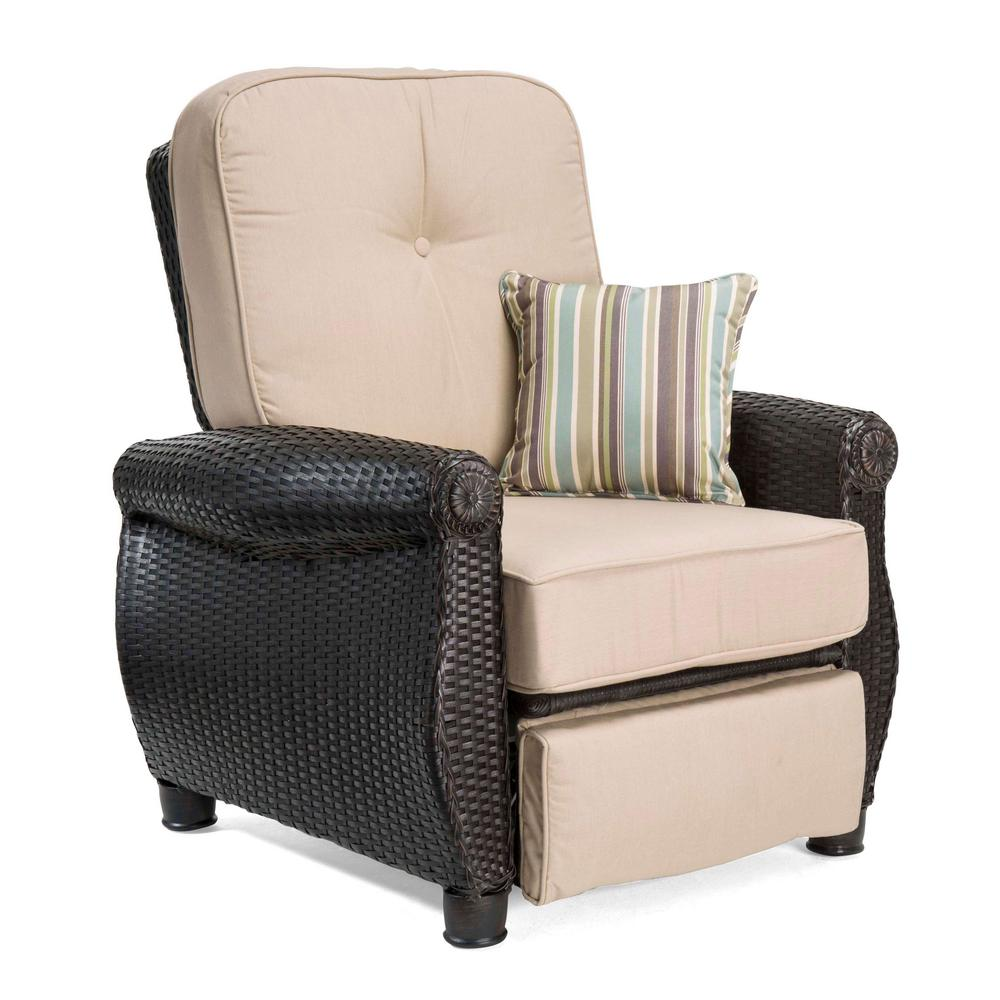 La Z Boy Breckenridge Wicker Outdoor Recliner With Sunbrella Spectrum Sand  Cushion