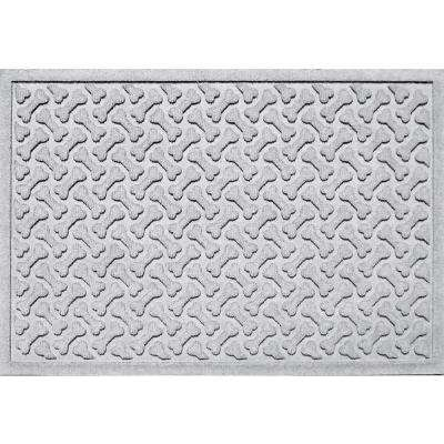 White 24 in. x 36 in. Dog Bone Repeat Polypropylene Pet Mat