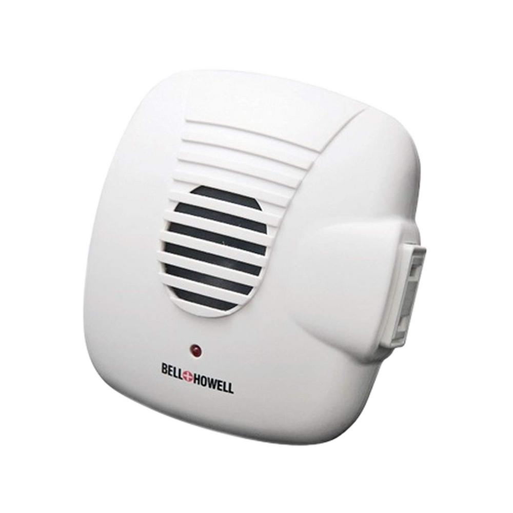Bell and Howell Ultrasonic Pest Repellers with Extra Outlet 3 Pack