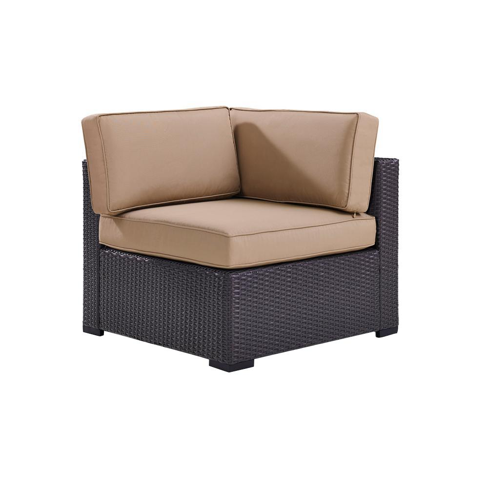 Biscayne Wicker Corner Outdoor Sectional Chair With Mocha