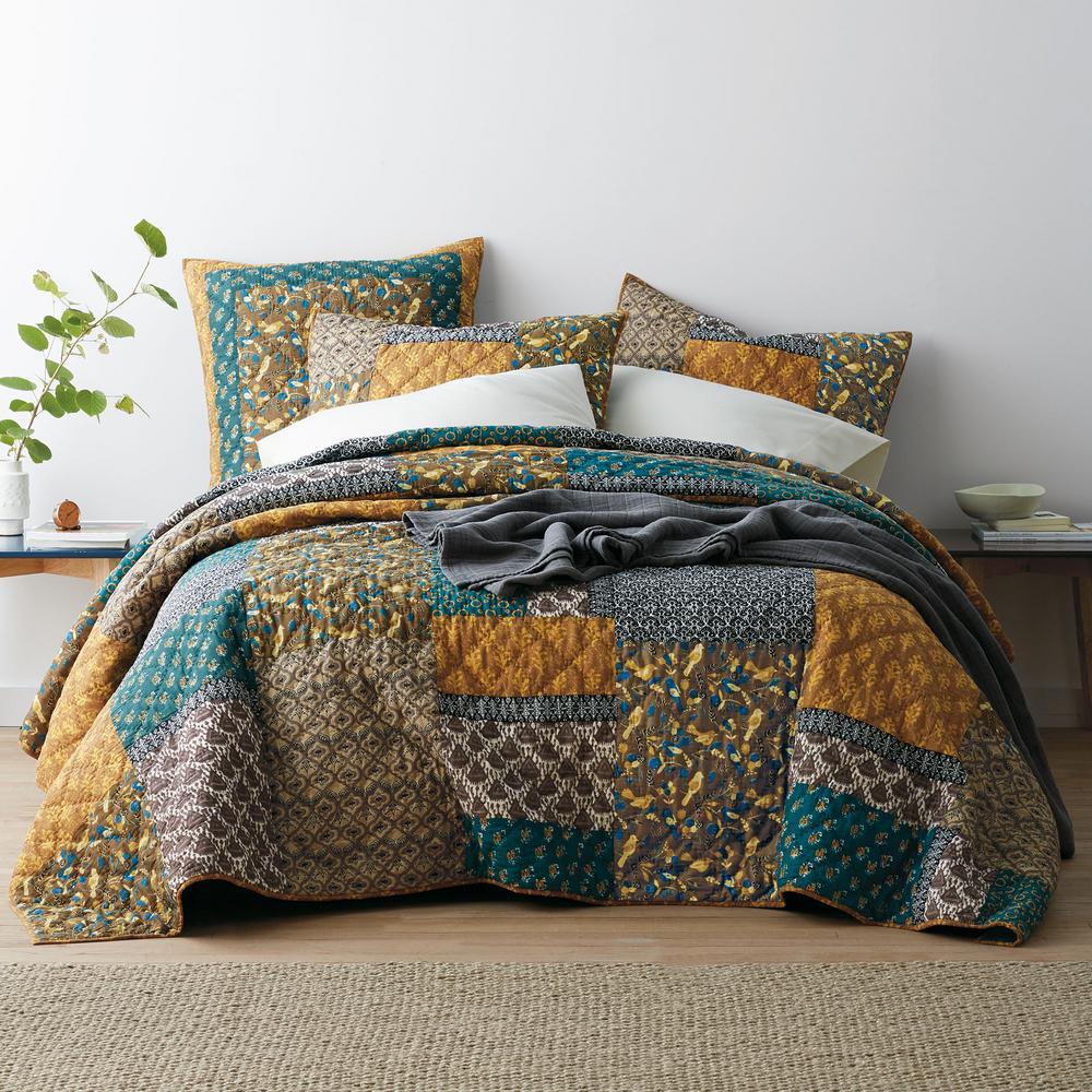 Chara Floral Cotton Patchwork Quilt