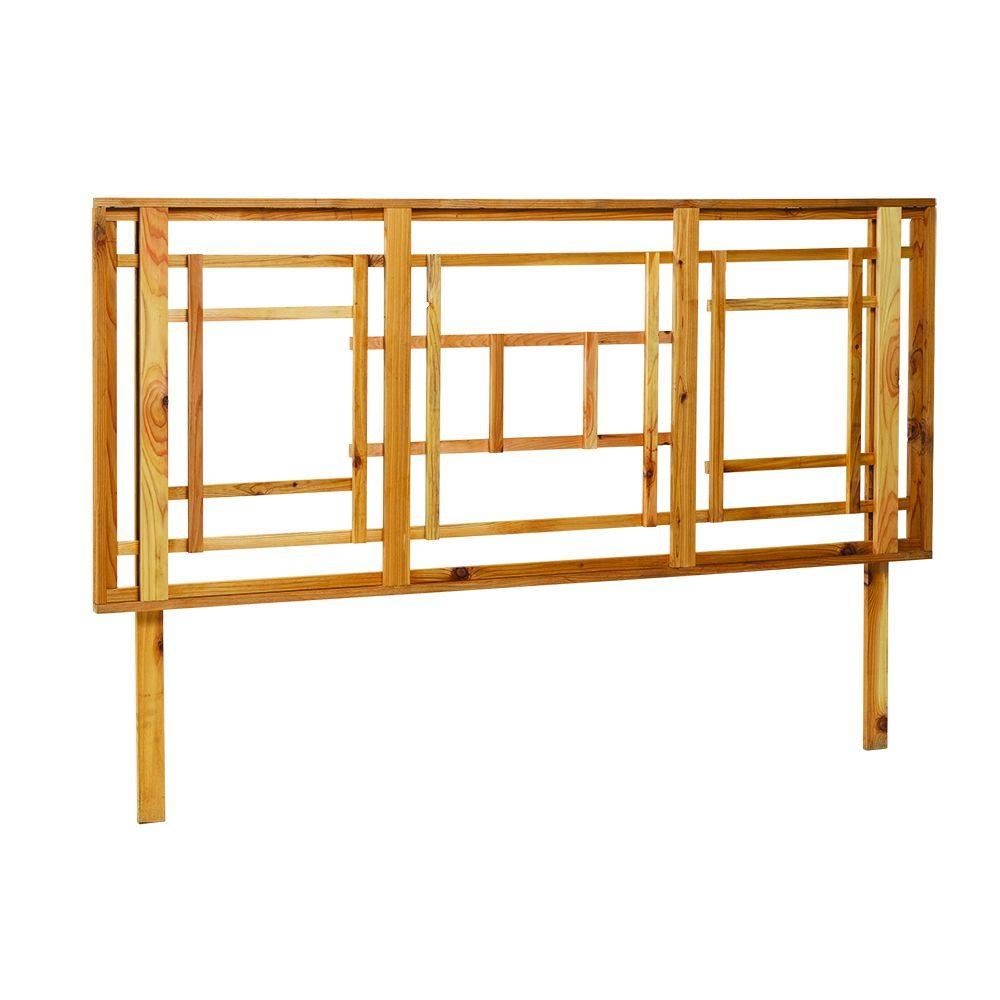 Grande Reflection 72 in. x 46 in. Cedar Trellis
