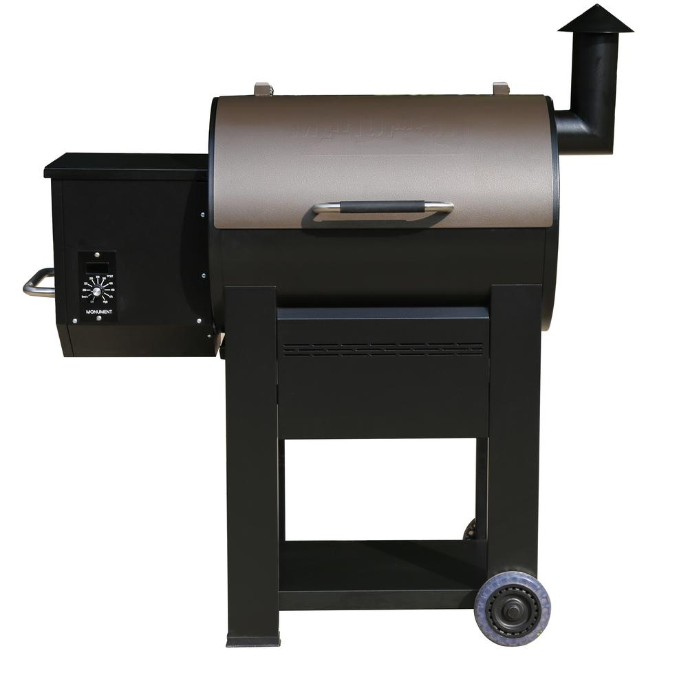 Monument Pellet Grill in Black with Manual Control