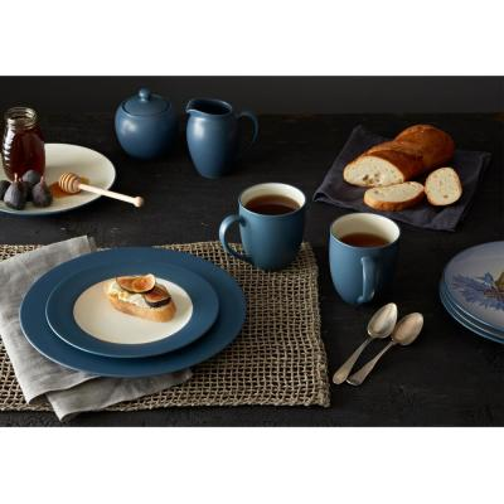 Colorwave 11 in. Blue Rim Dinner Plate