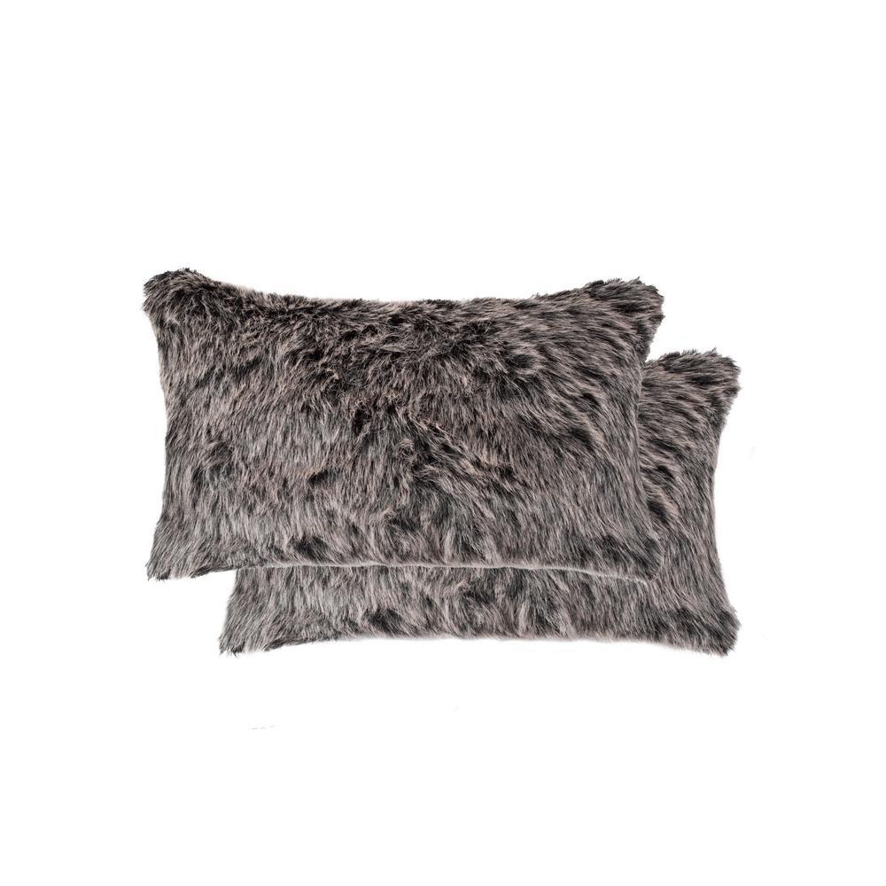 12 in. x 20 in. Belton Wolf Faux Fur Pillow (Set of 2)