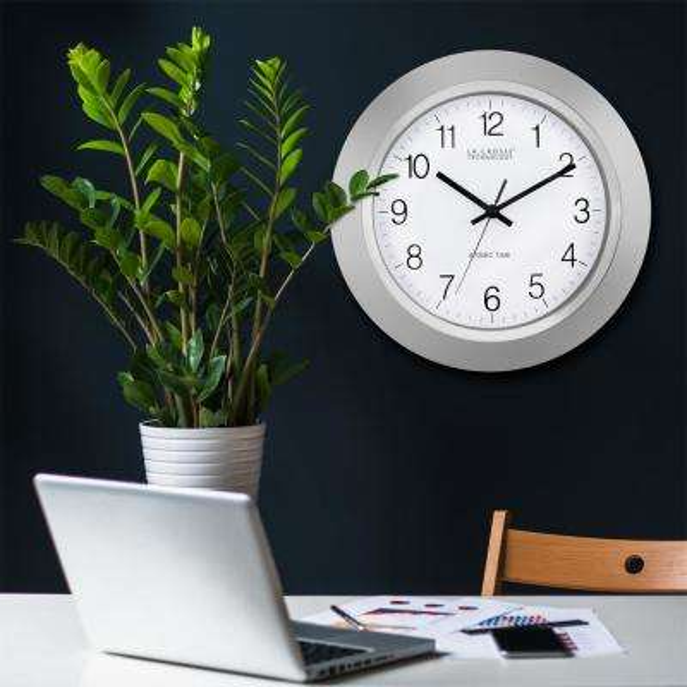 14 in. Atomic Analog Wall Clock
