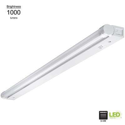Beam Adjustable 32 in. Linkable LED Linkable Under Cabinet Strip Light with Dim to Warm Feature (Direct Wire or Plug-In)