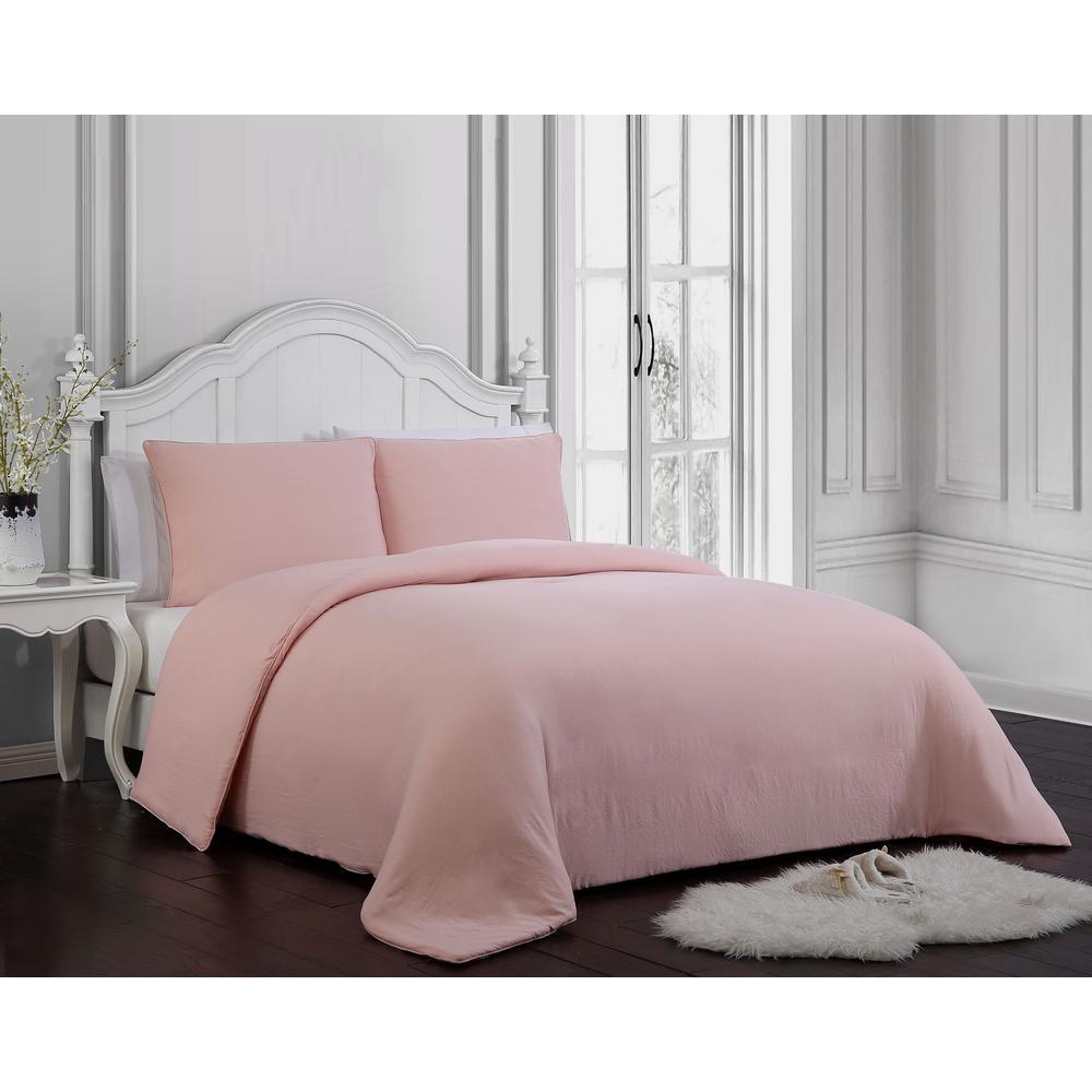 Gweneth 3-Piece Blush Queen Comforter Set