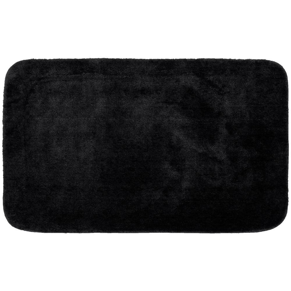 Traditional Black 30 in. x 50 in. Plush Nylon Bath Mat