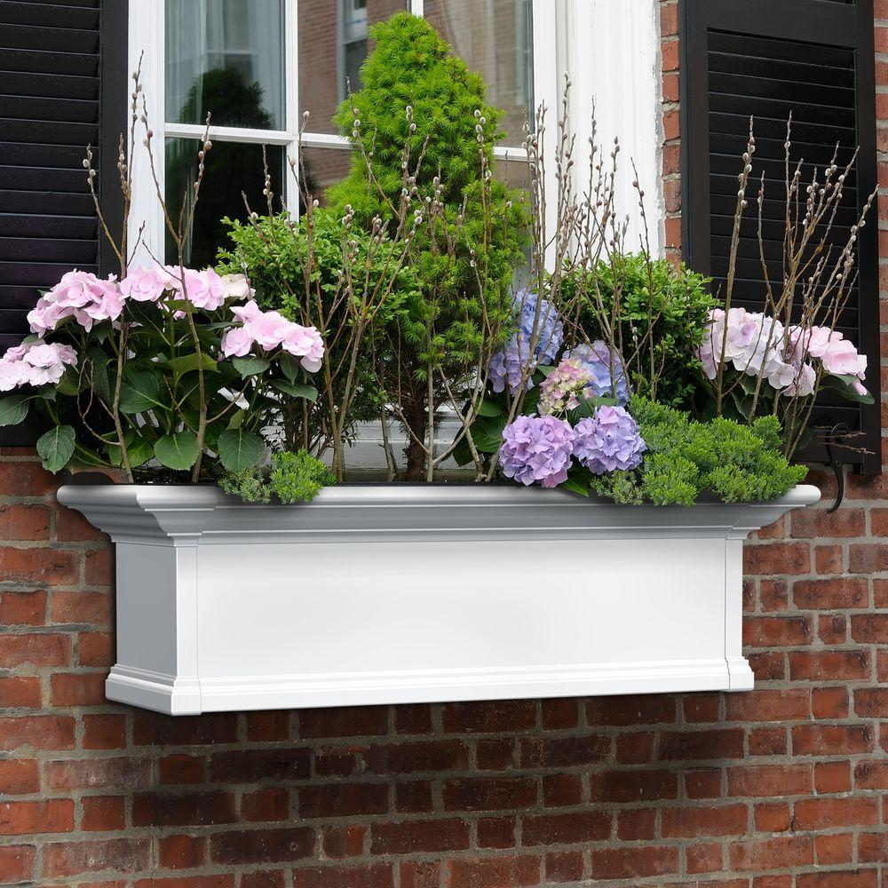 Mayne Yorkshire 12 In X 36 In Vinyl Window Box 4823w