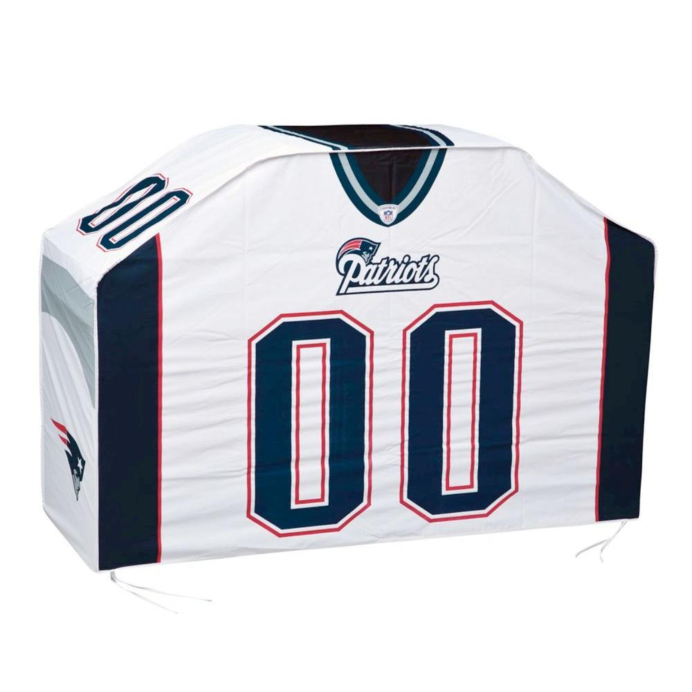 Team Sports America 60 in. NFL New England Patriots Grill Cover