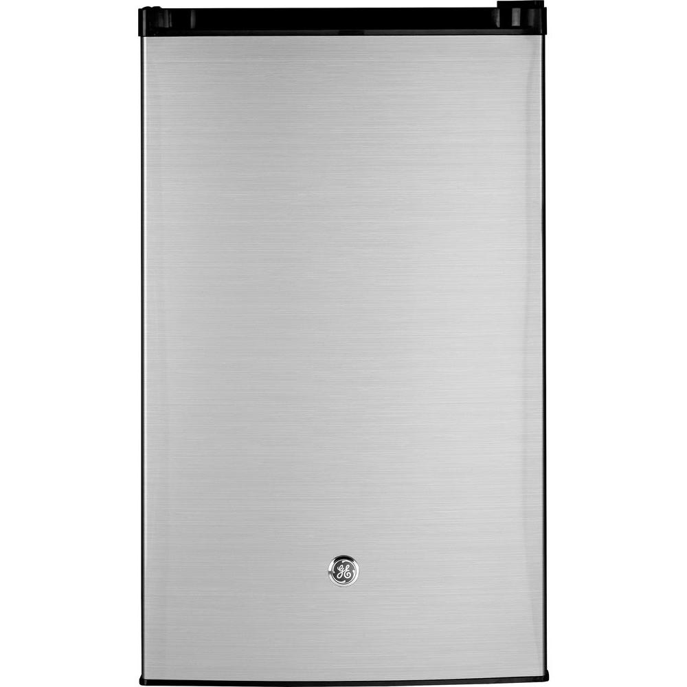 GE 4.4 cu. ft. Mini Refrigerator in CleanSteel