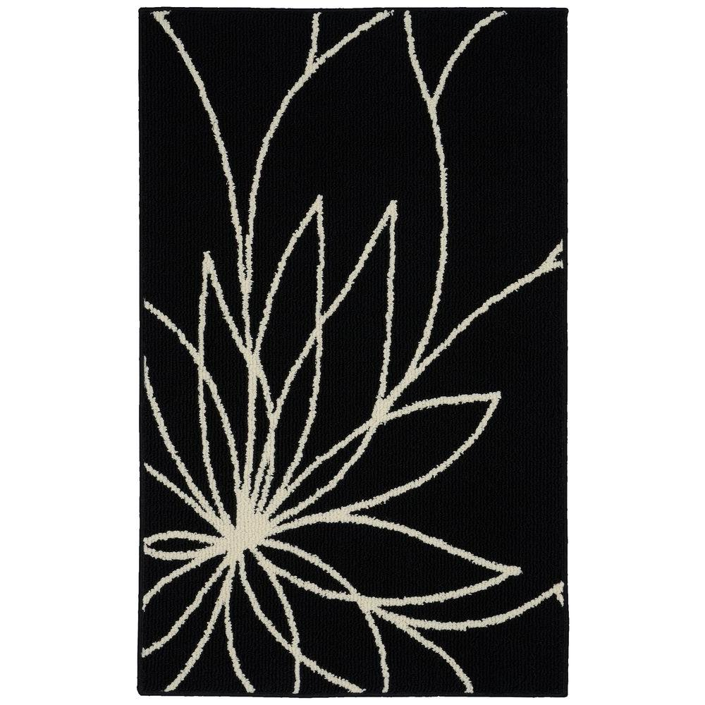 Grand Floral Black/Ivory 2 ft. 6 in. x 3 ft. 10