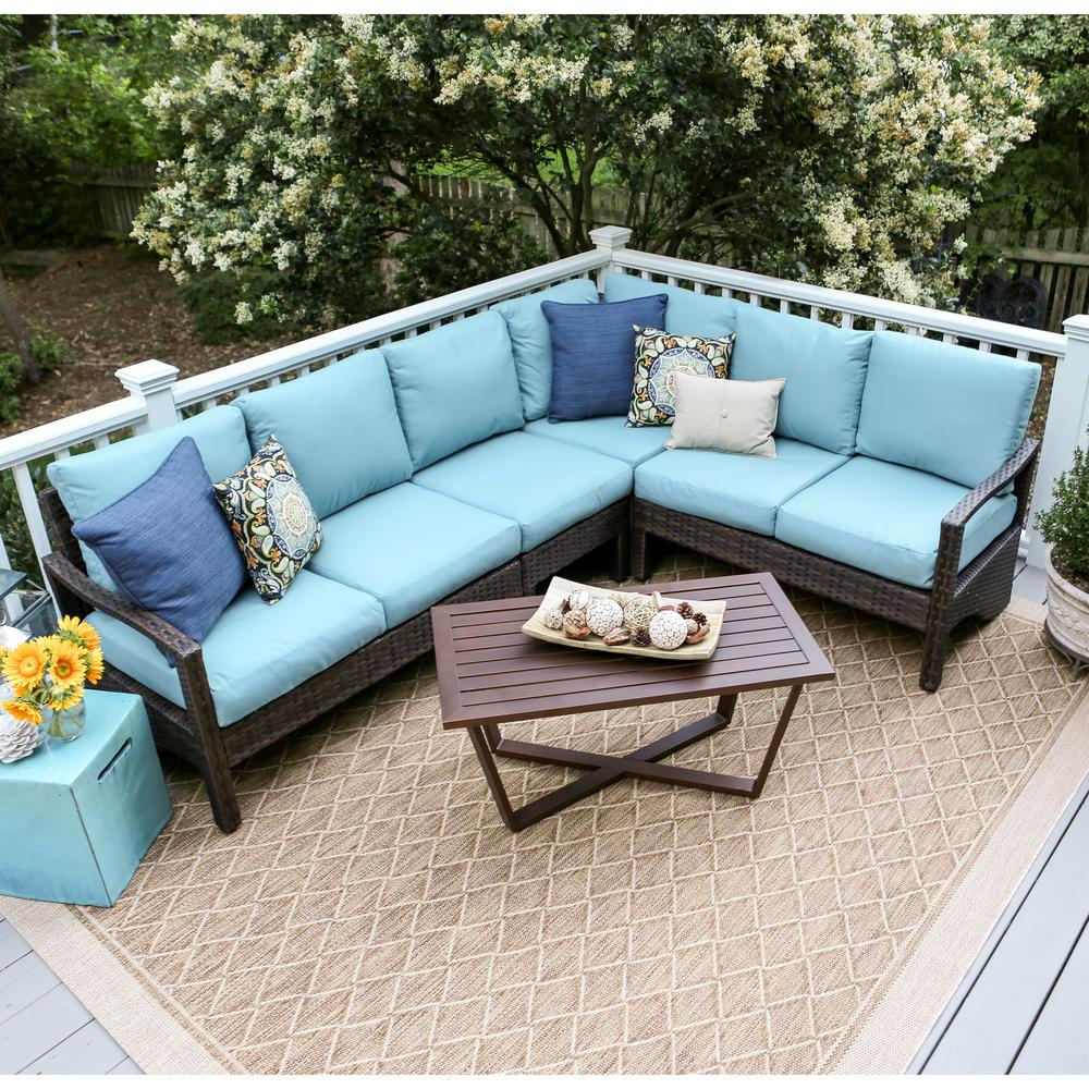Augusta 5 Piece Wicker Outdoor Sectional Set With Blue