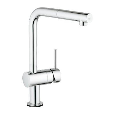 Minta Touch Single-Handle Pull-Out Sprayer Kitchen Faucet in StarLight Chrome