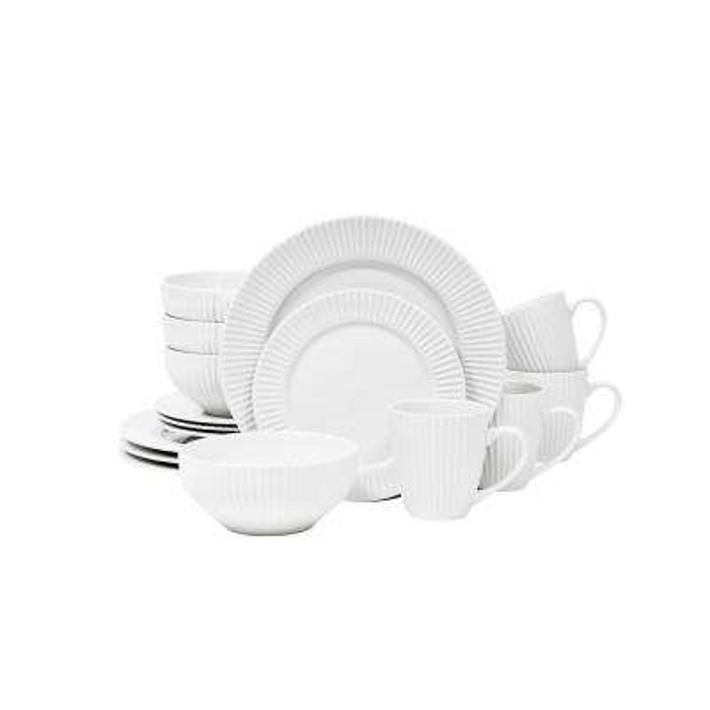 Aventura White 32-Piece Dinnerware Set