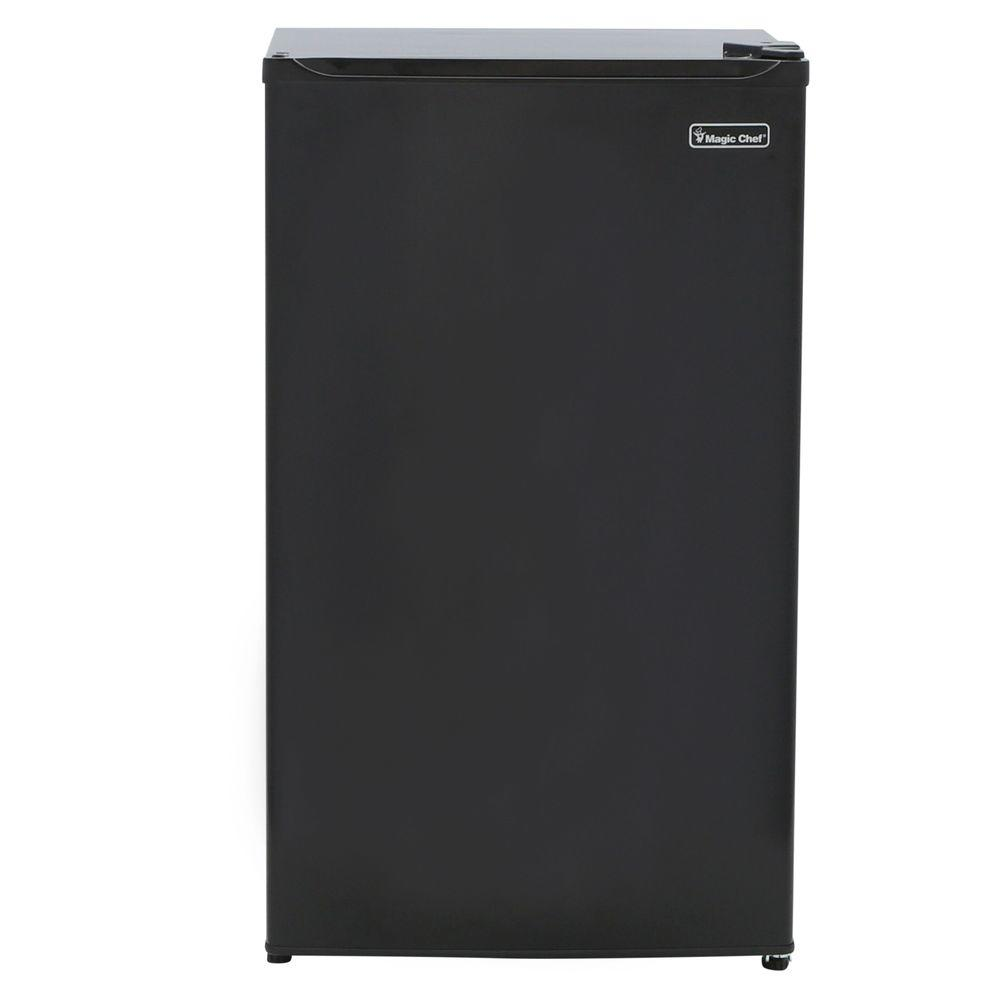 Magic Chef 3.5 cu. ft. Mini Refrigerator in Black, ENERGYSTAR