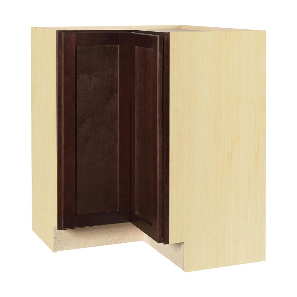 Hampton bay shaker assembled in lazy susan for Assembled kitchen cabinets
