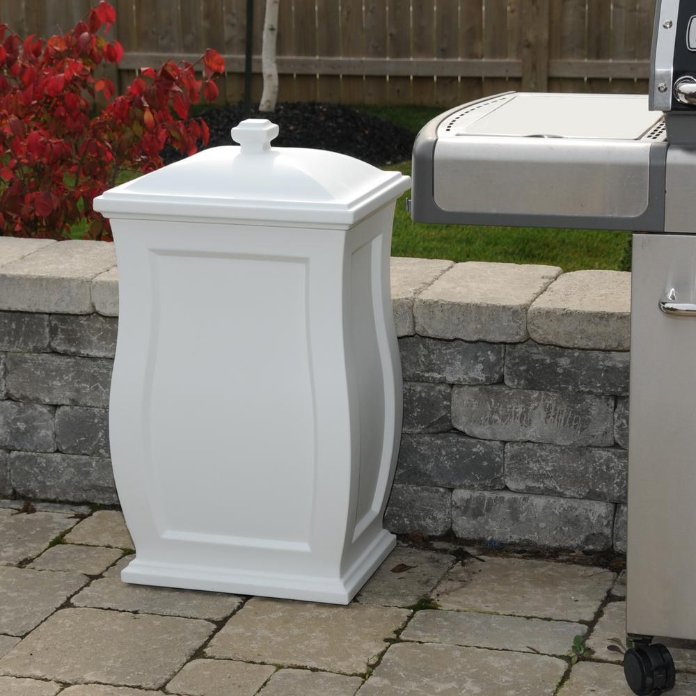 Mansfield 22 Gal. White Trash Can/Storage Bin
