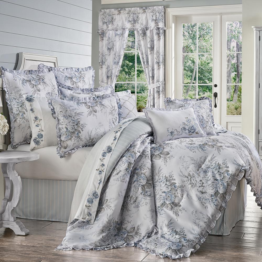 Estelle 4-Piece Blue Polyester California King Comforter Set