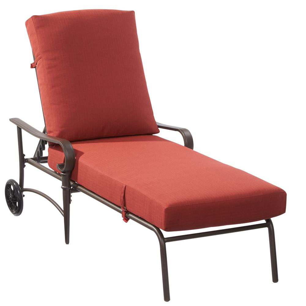Oak Cliff Metal Outdoor Chaise Lounge With Chili Cushions