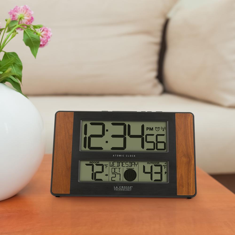 La Crosse Technology 11 In X 7 In Atomic Digital Clock