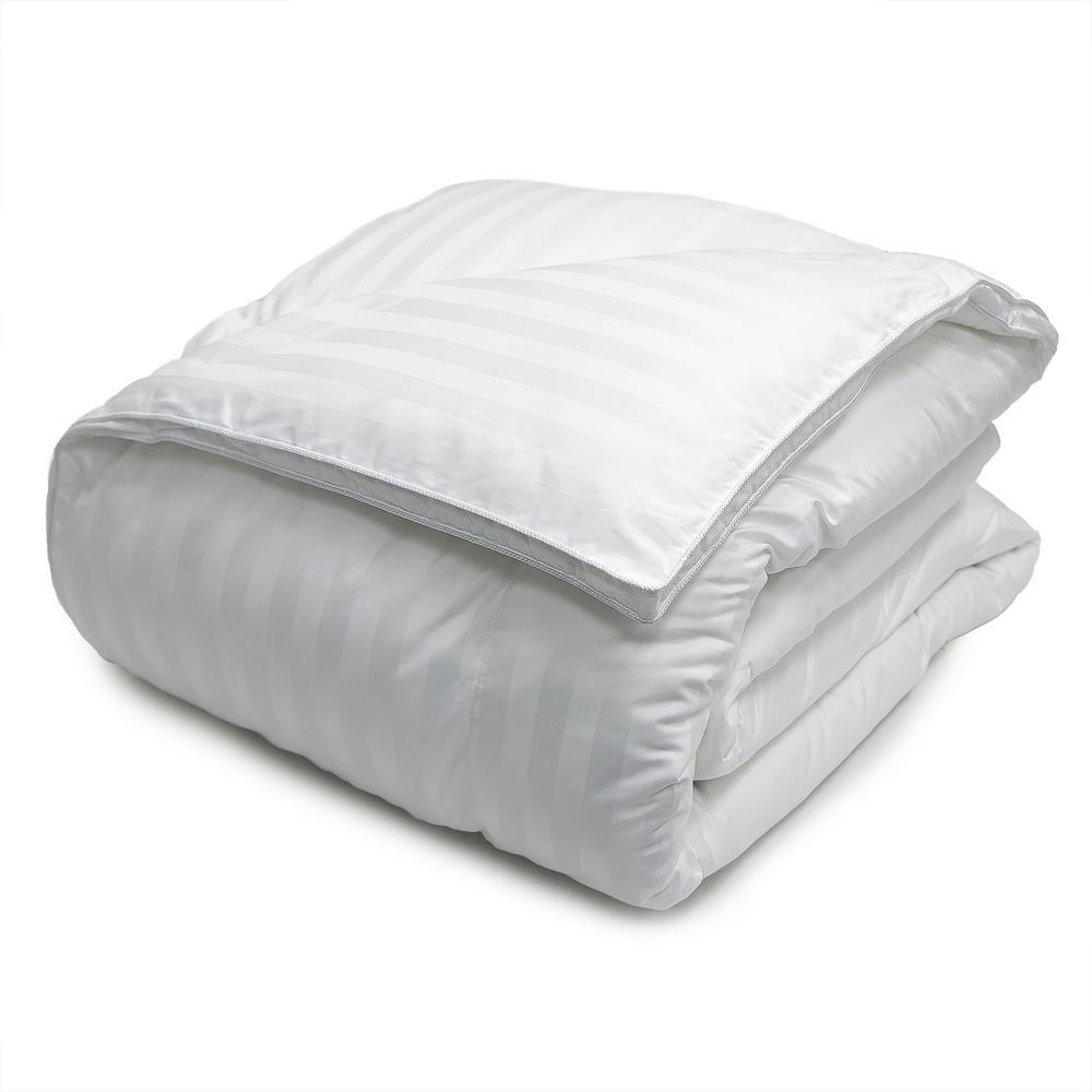 Year Round Warmth 500 Thread Count White Damask King Down Alternative Comforter