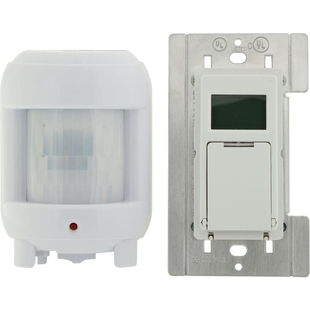 Defiant 8 Amp 7-Day Indoor In-Wall SunSmart Digital Timer Switch ...