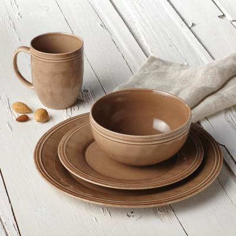 Cucina Dinnerware 16-Piece Stoneware Dinnerware Set in Mushroom Brown