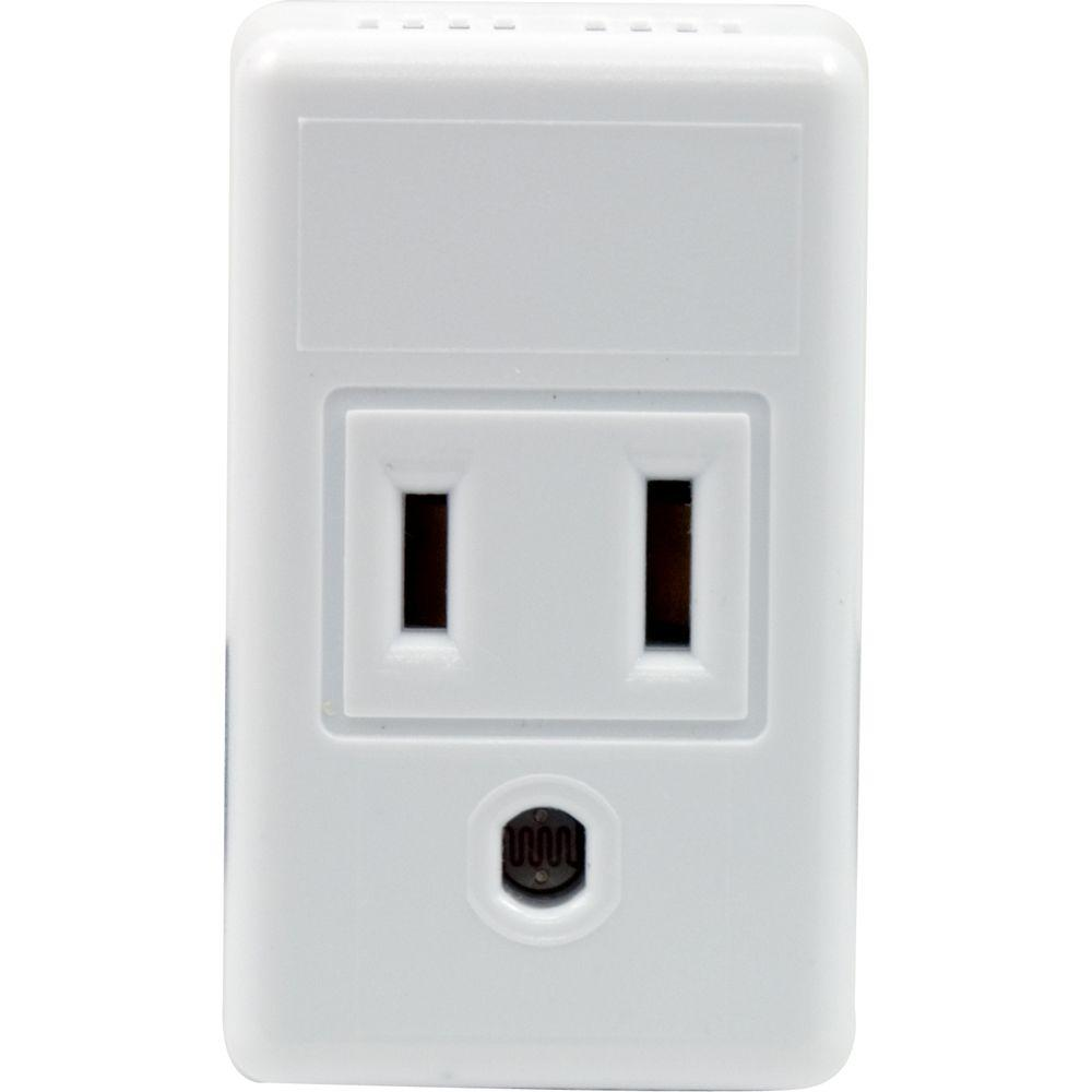 GE Automatic Plug-In Photocell Light Control