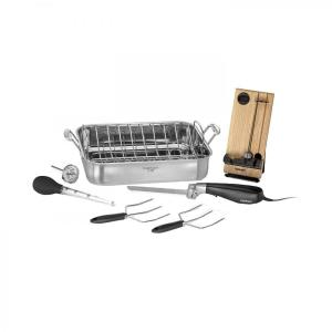 Click here to buy Cuisinart 16 inch Roaster Pan with Removable Rack (Option-1) by Cuisinart.