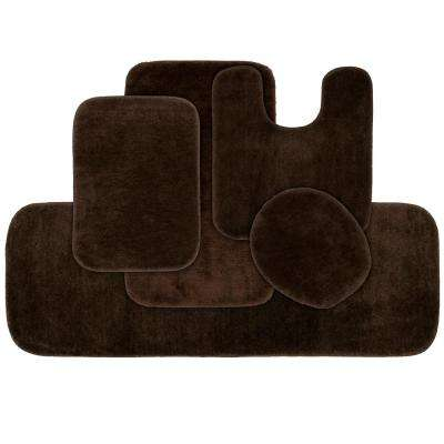 Traditional 5 Piece Washable Bathroom Rug Set in Chocolate