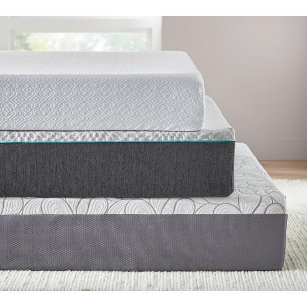 Beautyrest 14 In Queen Memory Foam Mattress With Surfacecool Gel